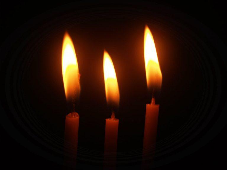 candles lightedd in shalom101